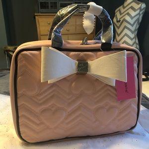 NWT•Betsy Johnson cosmetic travel bag